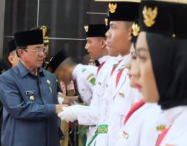 Bupati Inhil Kukuhkan Paskibra Tahun 2019. Prosesi Berlangsung Khidmat