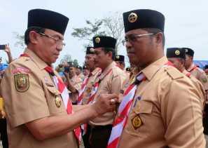 Bupati Inhil Buka Perkemahan Karya Kecamatan Keritang