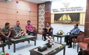 Bupati Inhil Serahkan LKPD Tahun Anggaran 2018 Kepada BPK