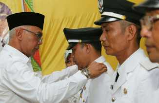 Pj Bupati Inhil Ambil Sumpah Jabatan 3 Pj Kades Kecamatan GAS