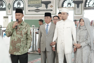Wakil Bupati Hadiri Pesta Pernikahan Putra Bungsu Bupati, HM Wardan