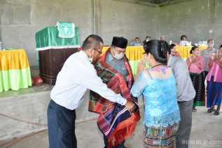 Wabup Darma Wijaya Hadiri Pasae Ulaon di Desa Hutanauli