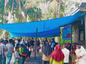 Peduli Sosial, LBDH Inhil Gelar Pengobatan Gratis