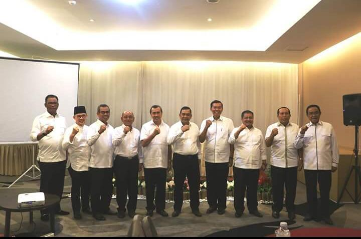 Ini Kata Syamsuar Soal Foto 9 Kepala Daerah di Riau Berkumpul