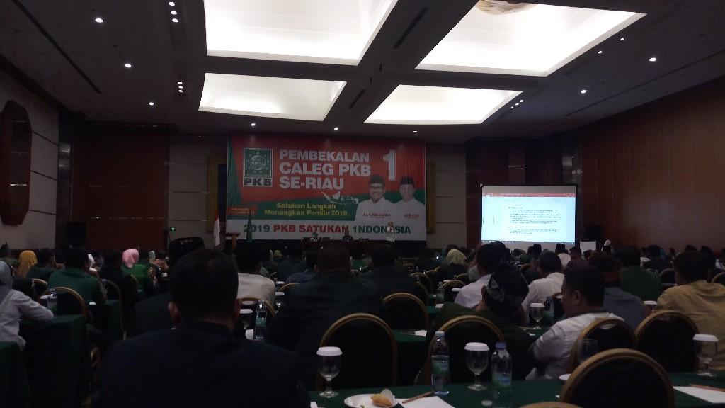 Panaskan Mesin Partai, Abdul Wahid Optimis PKB Jadi Partai Pemenang di Riau