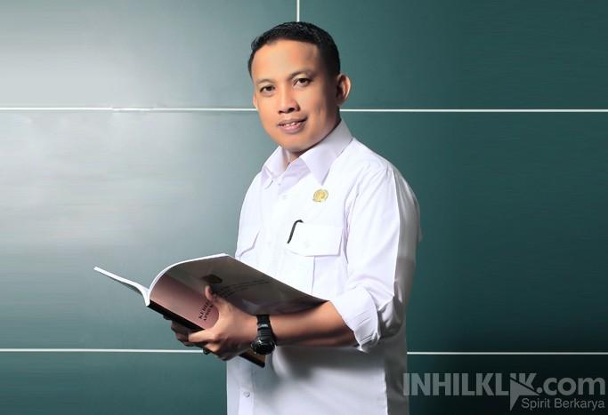 Karier Cemerlang Dani M Nursalam di Dunia Politik