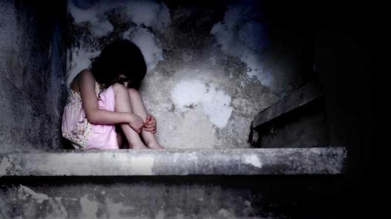 Edan, 18 Jam Ayah Perkosa Putri Kandungnya Bareng Dua Temannya