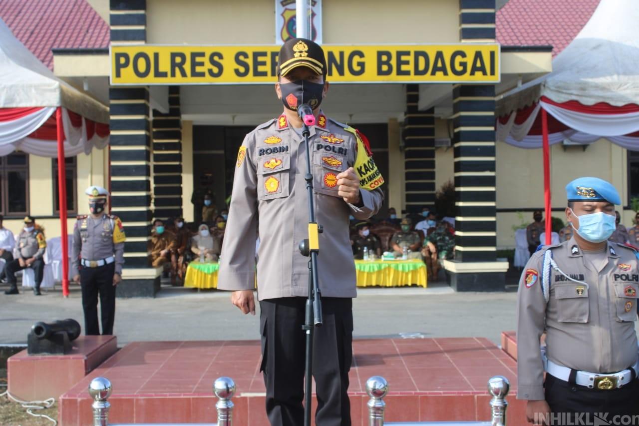 Kapolres AKBP Robin Simatupang Pimpin Apel Gelar Pasukan Ops Lilin Toba 2020