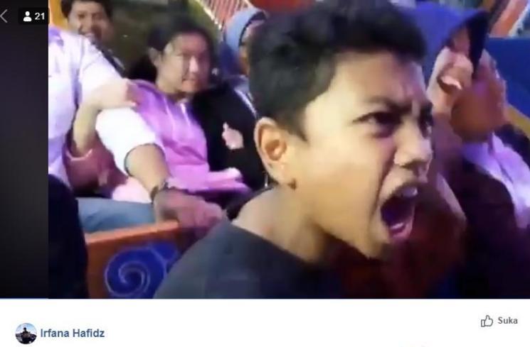 Kocak Bocah Panik Naik Kora-kora, 'Jangan Kekencengan Mas'