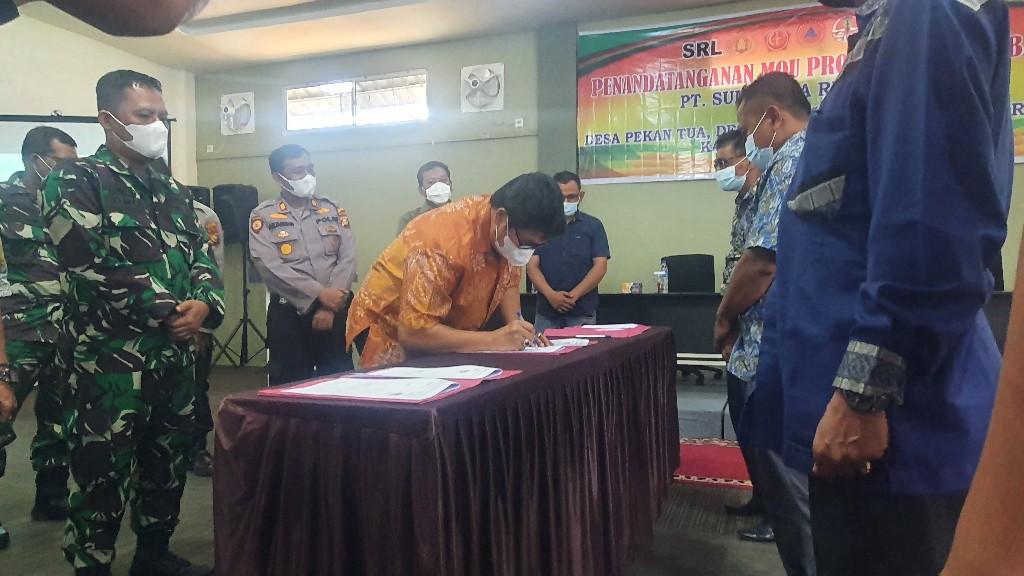 PT SRL Teken MoU dengan Tiga Desa di Kecamatan Kempas