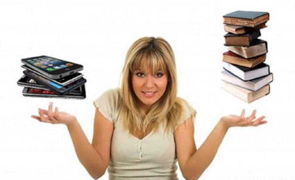 Kelebihan Buku Dibandingkan Gadget
