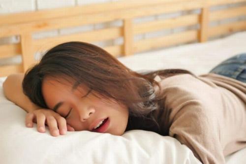Situs Ini Cari Orang Yang Mau Tidur di Resort Mewah, Digaji Rp 28 Juta