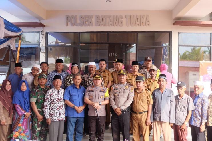 Wakil Bupati Inhil Hadiri Peresmian Kantor Polsek Batang Tuaka