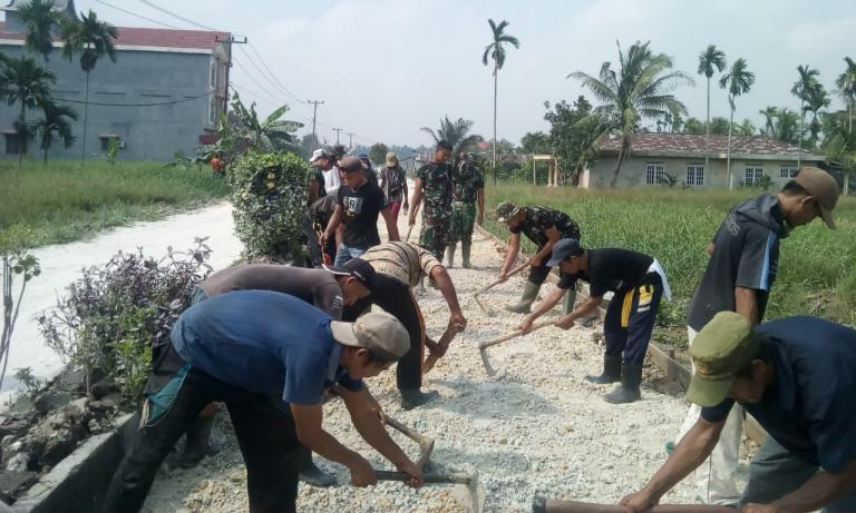 Peningkatan Jalan Desa Sanglar Lewat Program TMMD Akan Dongkrak Perekonomian Masyarakat