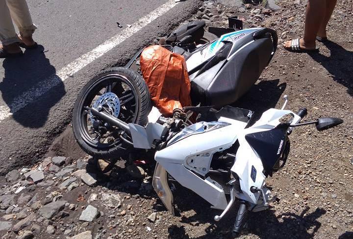 Pakaian Terlilit Pelek Jari-jari Motor, Satu Keluarga Alami Kecelakaan