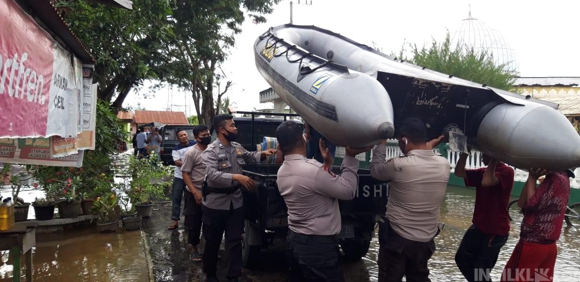 Polres Sergai Bantu Sembako & Perahu Karet, Kades Sei Rampah Ucapkan Terimakasih