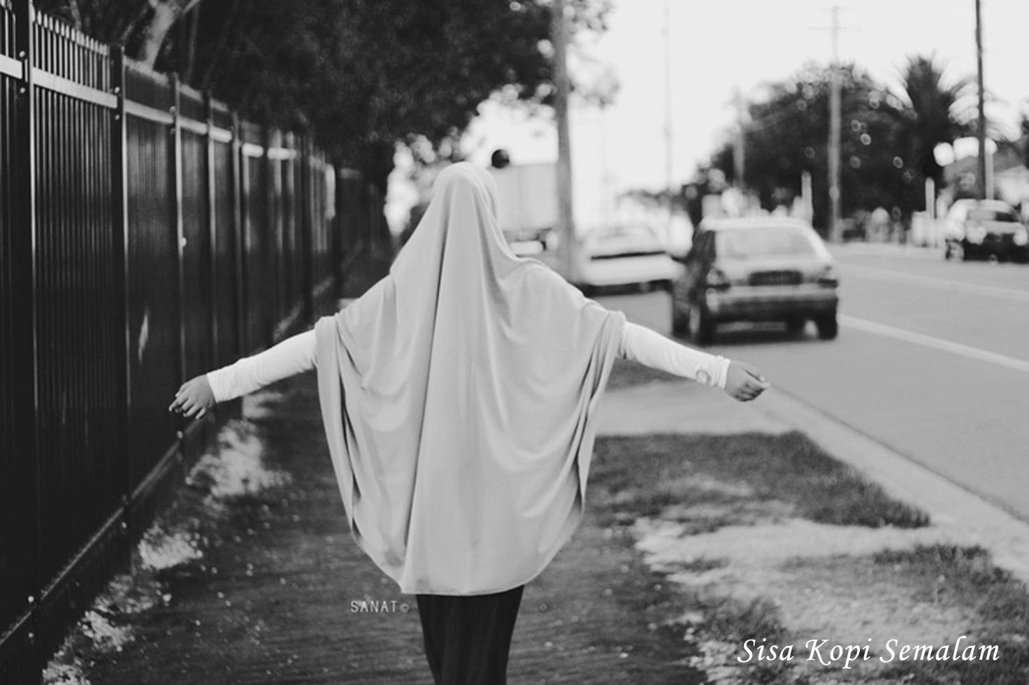 Bagi Yang Berhijab Saat Ramadhan Saja Jangan Lagi Lepas Hijabmu