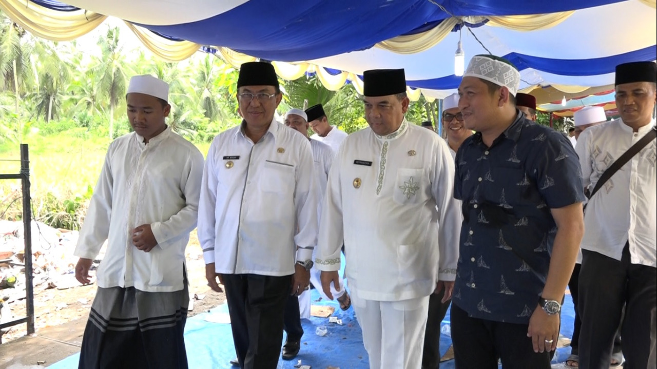Bupati Inhil Hadiri Haul Syekh Abdurrahman Siddiq Al-Banjari Ke-82