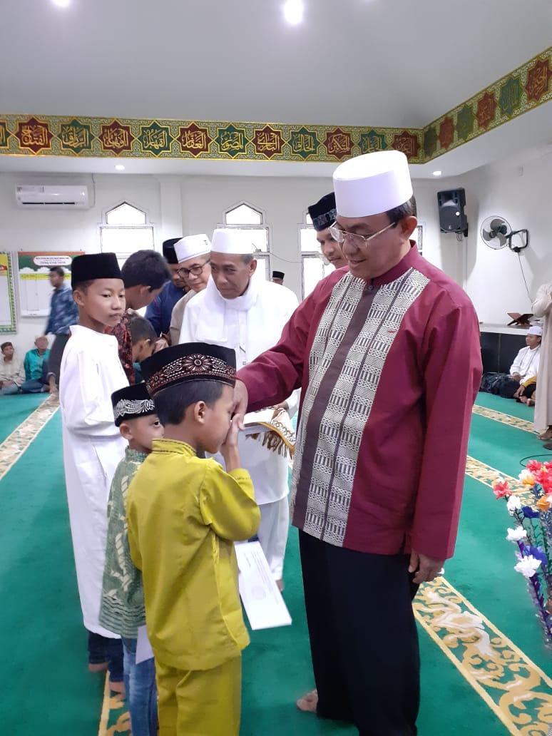 Bupati HM Wardan Buka Puasa Bersama dan Serahkan Santunan Buat Kaum Dhuafa dan Anak Yatim Piatu