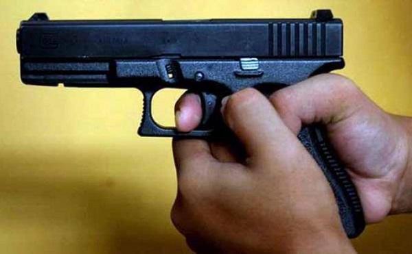 Orang Tua Lalai, Bocah 9 Tahun Ambil Lalu Tembak Adiknya