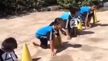 Balapan Lari, Aksi Bocah Ini Bikin Ngakak dan Gagal Fokus