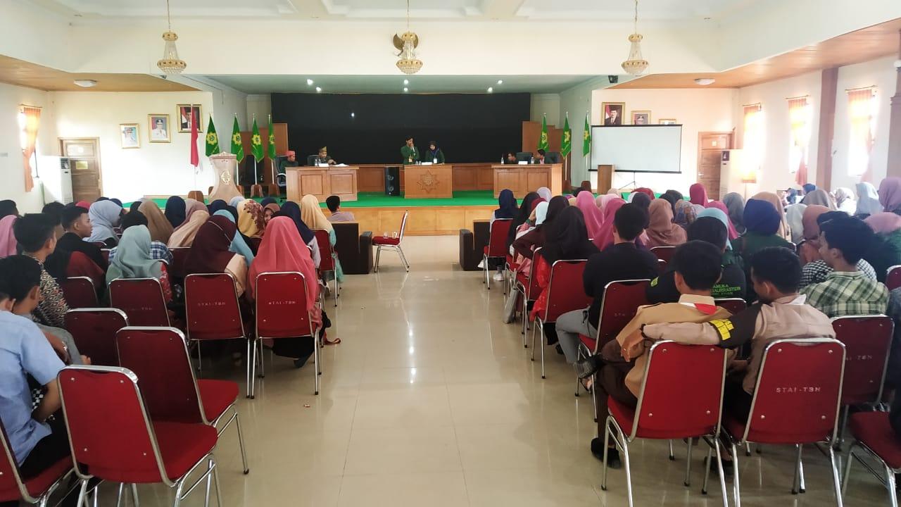 STAI Auliarrasyidin Adakan Debat Calon kandidat Ketua dan Wakil Ketua HMPS-Esy