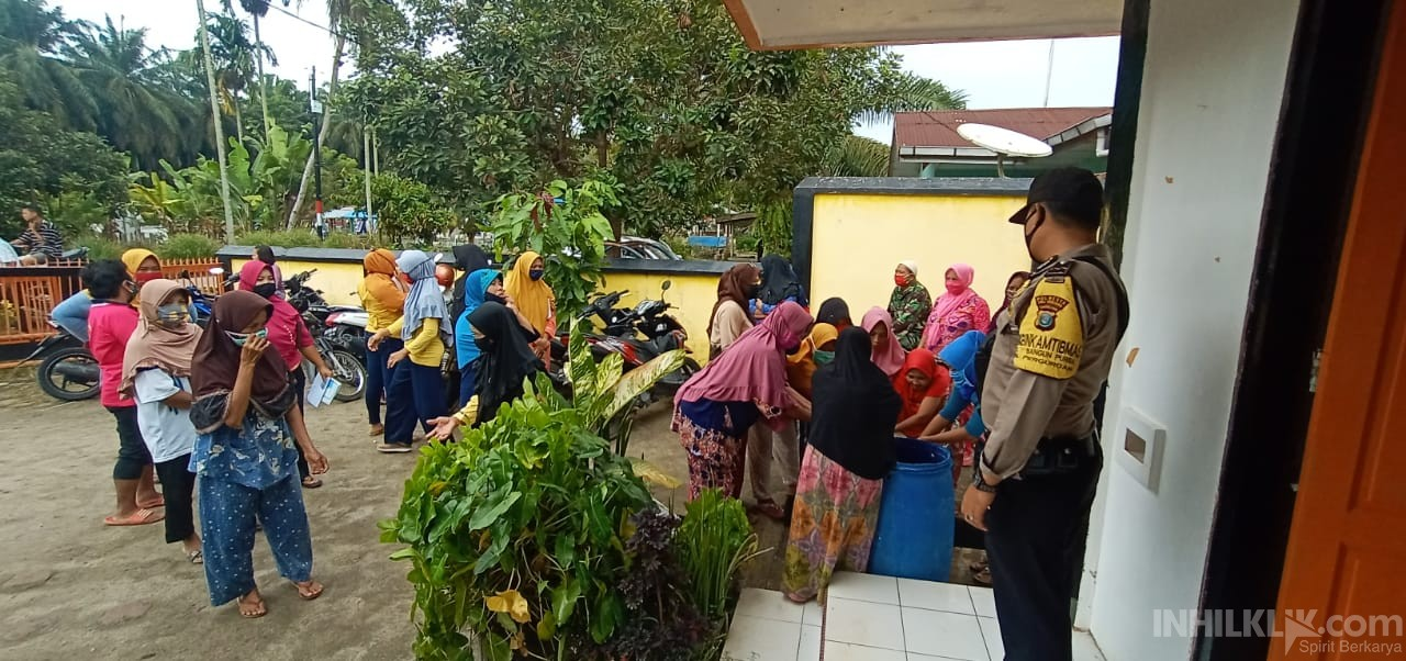 Personil Polsek Bangun Purba Polresta Deli Serdang Pam Penyaluran Dana BST