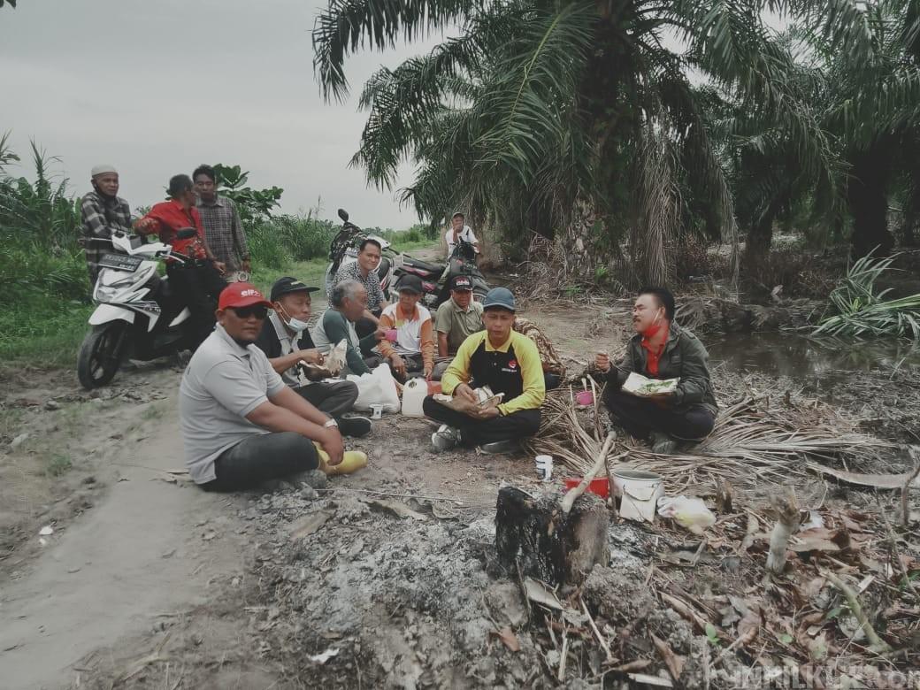 Tim Penyelesaian Lahan Kelompok 80 Tinjau Lokasi di Desa Bagan Kuala Dan Desa Tebing Tinggi
