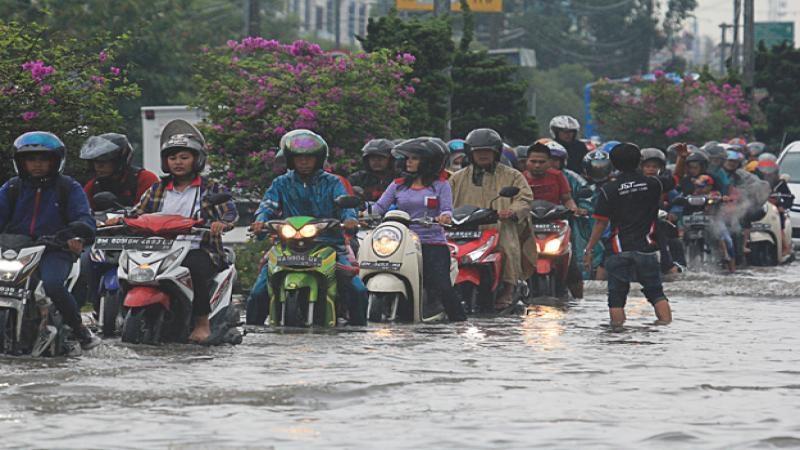 Pekanbaru Terendam Setelah di Guyur Hujan Seharian