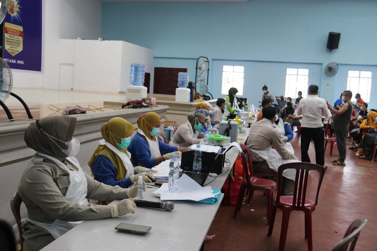 433 Lansia Jalani Vaksinasi Tahap II di Gedung PSMTI Tembilahan
