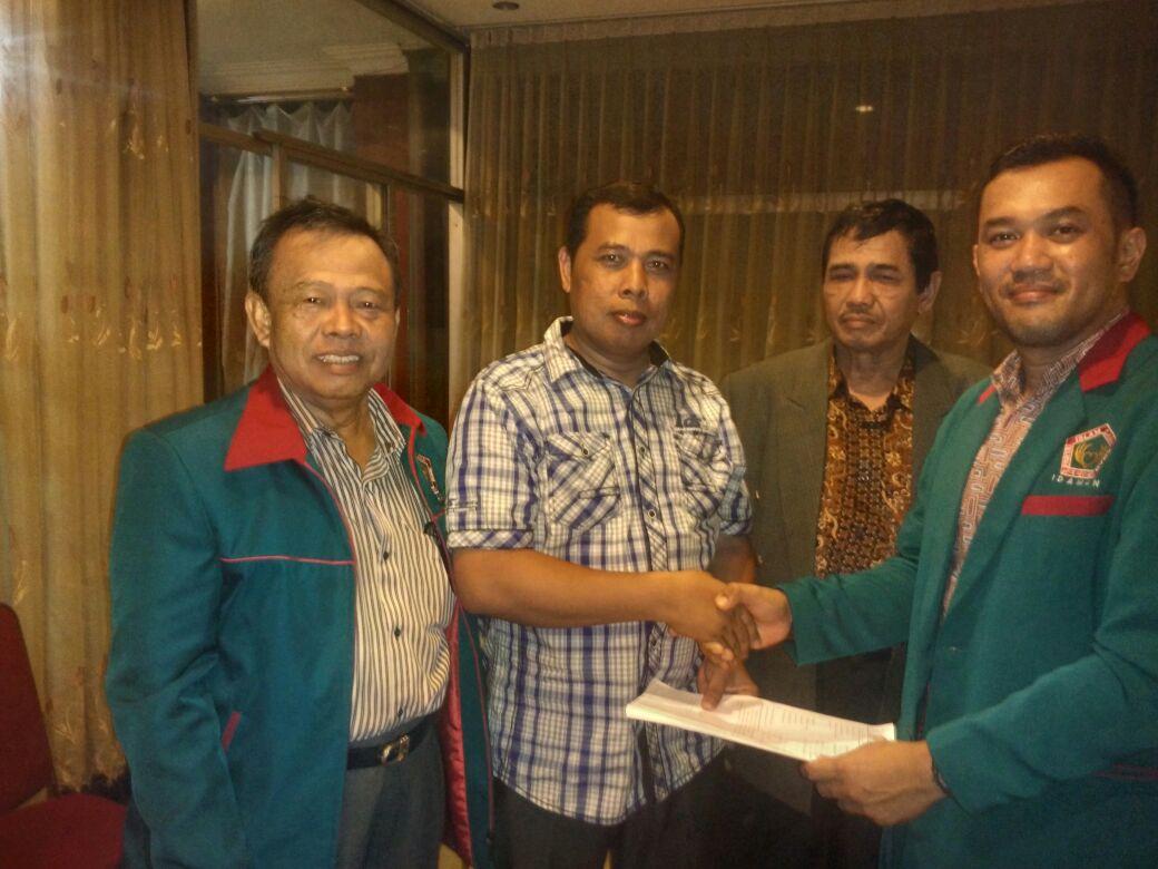 Efendi Aqil Terima Surat Dukungan Penuh Dari Partai Idaman Di Pilbup Inhil 2018