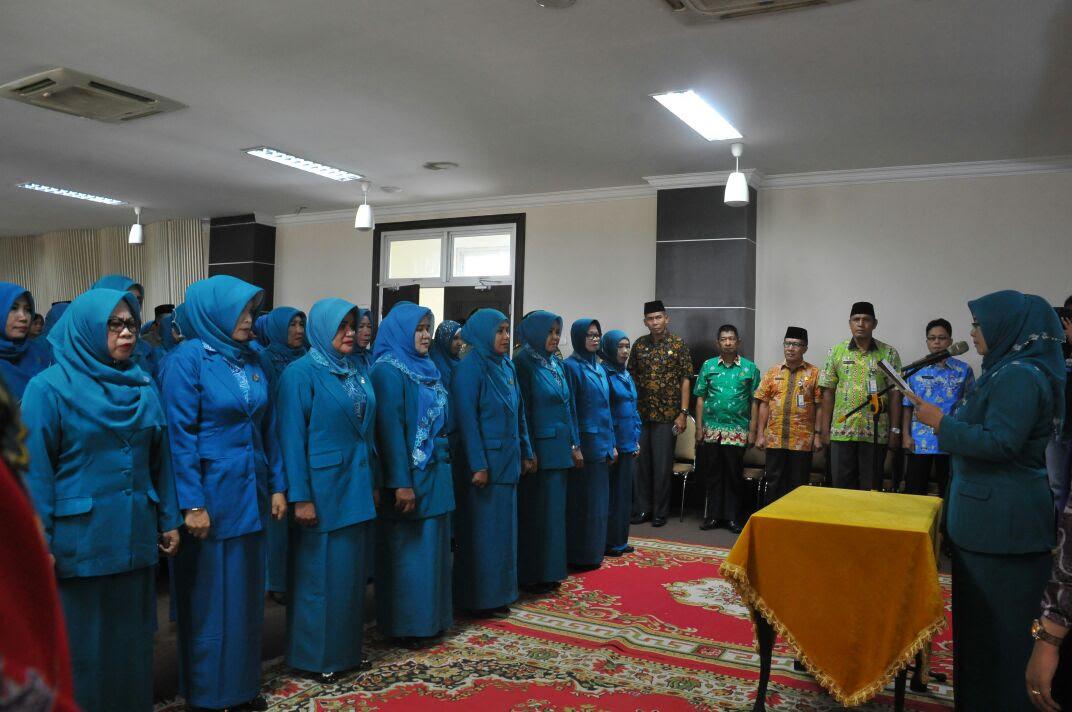 Resmi Sebanyak 16 Ketua TP PKK Kecamatan Dilantik