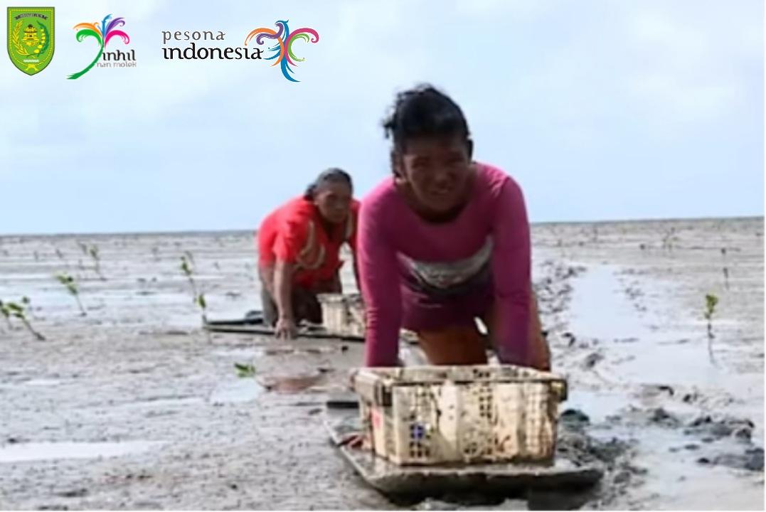 Tradisi Menongkah Suku Duanu Inhil Sebagai Warisan Budaya Tak Benda