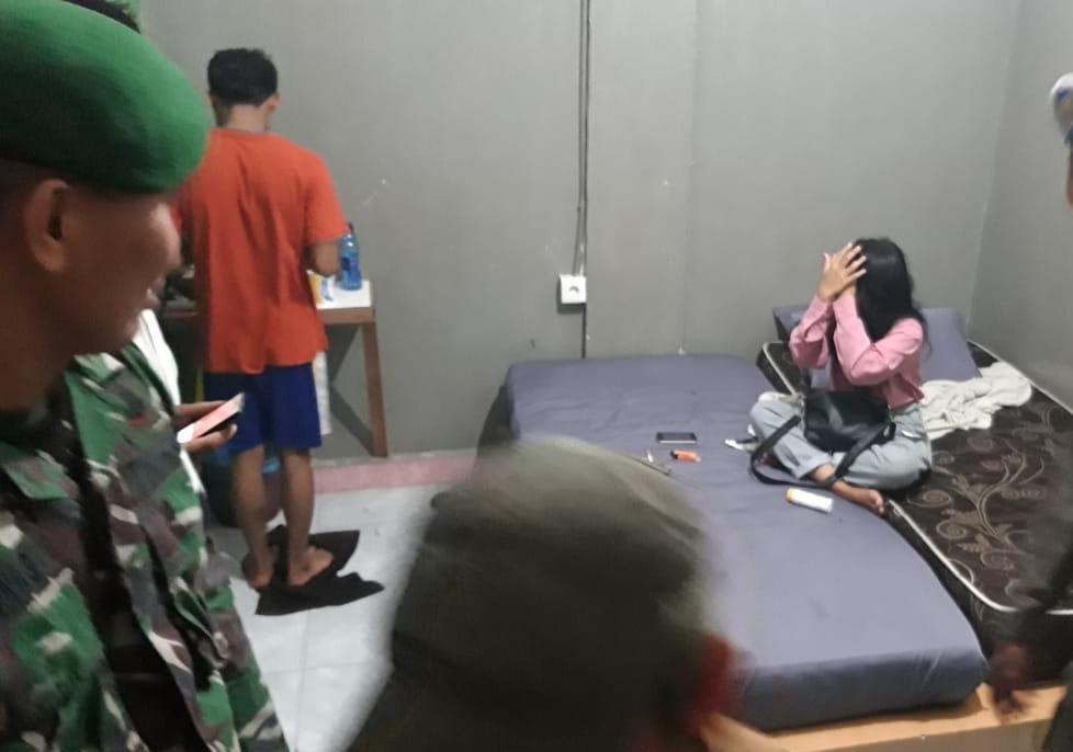 Wadaw!!! 8 Pasang Terjaring Razia, Salah Satunya Remaja Bawah Umur Sekamar dengan Wanita Dewasa