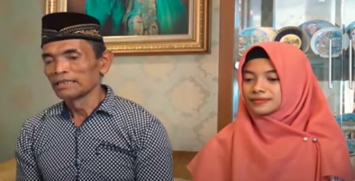 Muda dan Cantik Pula, Asisten Dosen Ini Ikhlas Menikah dengan Pria yang Lebih Tua dari Ayahnya