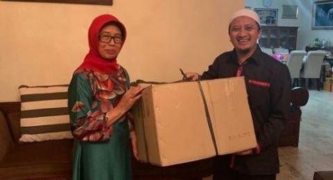Yusuf Mansur: Ibunda Jokowi Zikir 100 Al Ikhlas Tiap Malam