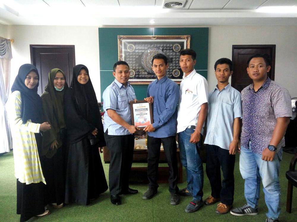 Silaturahmi, Pengurus HIPPMAPAS Pekanbaru dan Ketua DPRD Inhil Diskusi Tentang Pendidikan