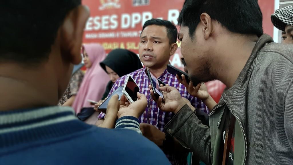 Terobos Pasar Ekspor, Abdul Wahid Dorong Produksi Susu Nabati Berbahan Dasar Kelapa