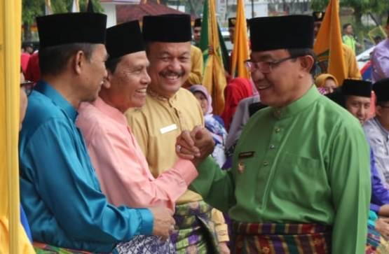 Bupati Inhil Hadiri Peringatan HUT Ke-61 Provinsi Riau di Kantor Gubernur