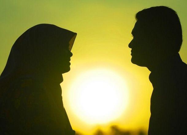 Bolehkah Becumbu dengan Istri ketika Sedang Berpuasa?