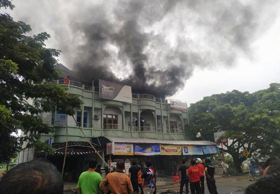 Kebakaran Ruko di Bengkalis, Saat Kejadian Terdengar Beberapa Kali Ledakan di Atas Ruko