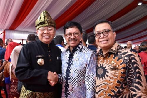 Bupati Sergai Ir H Soekirman Terima Anugerah Kebudayaan PWI Pusat