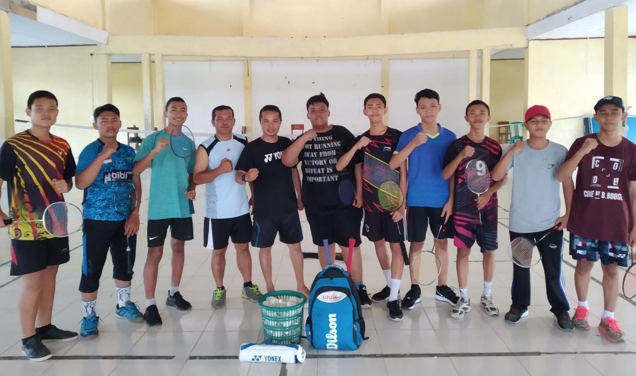 Siswa SMAN1 Hulu Wakili Riau di Kejurnas Bulutangkis 2019