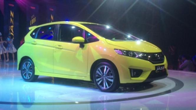 Meski Bekas, Mobil Ini Jadi Incaran Mahasiswi di Indonesia