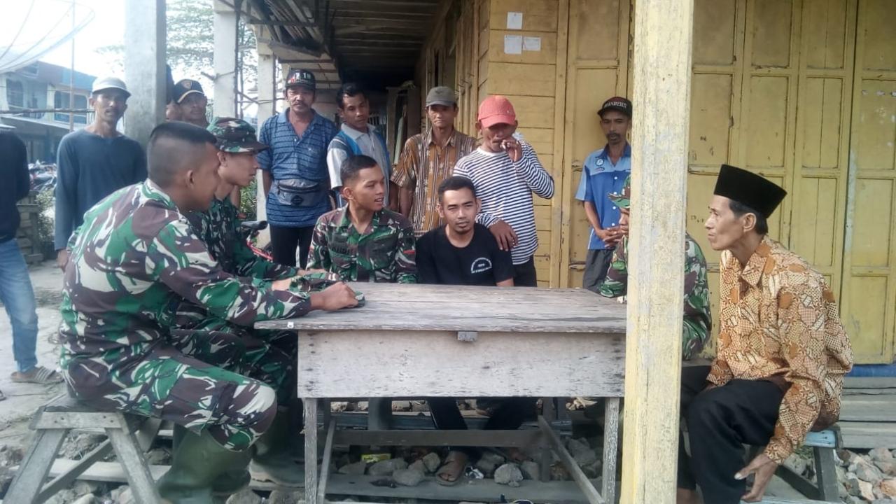 Disela-sela TMMD ke-106 Kodim 0314/Inhil, Para Satgas Ajak Anak-anak Ikuti Tes TNI Tahun 2019