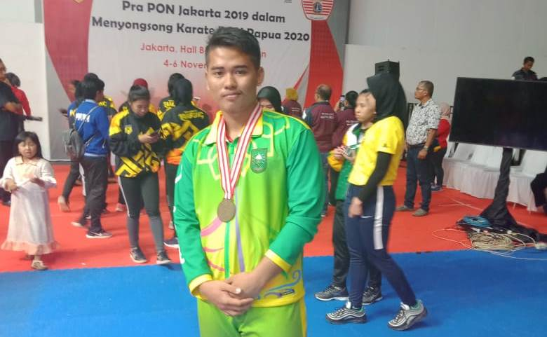 Muhammad Vega, Karateka Inhil Siap Harumkan Nama Inhil di PON XX