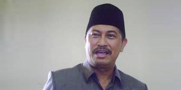 Syamsuddin Uti Siap Anggarkan Rp4 Miliar untuk Beasiswa Jika Terpilih Jadi Bupati Inhil
