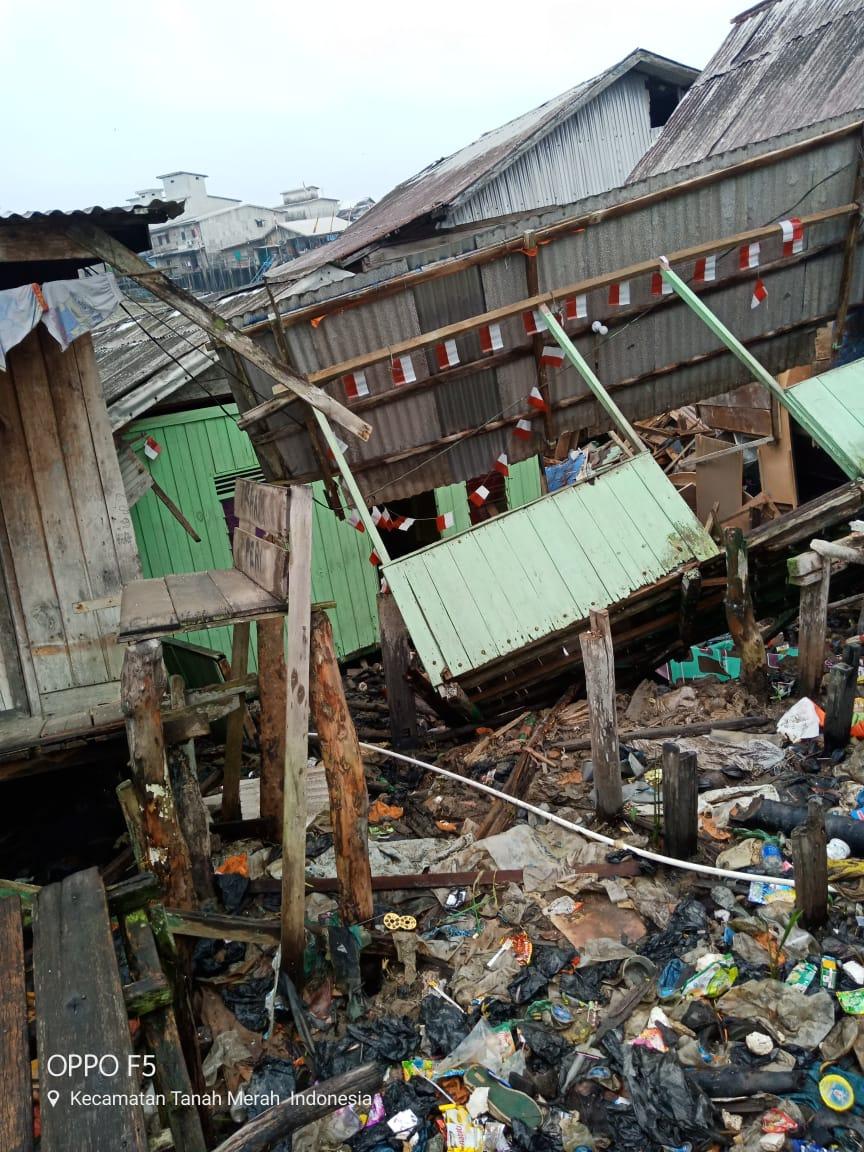 Bencana Tanah Longsor Di Kuala Enok, 5 Rumah Warga Luluh Lantak