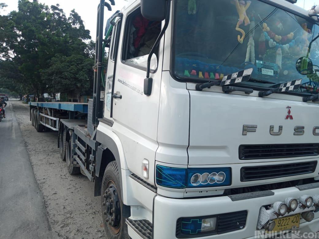 Pengendara Yamaha Vixion Tewas Masuk Kolong Truk di Jalinsum Sei Rampah