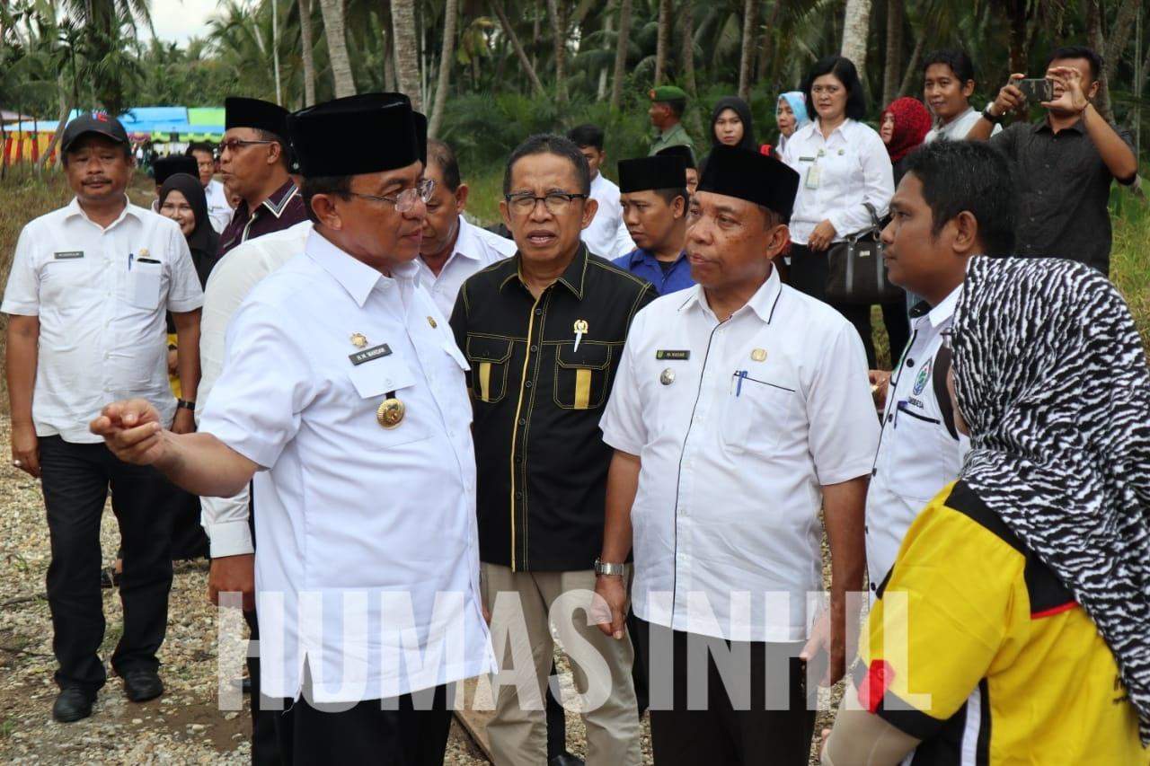 HM Wardan Tinjau GOR dan Jalan di Desa Pekan Kamis